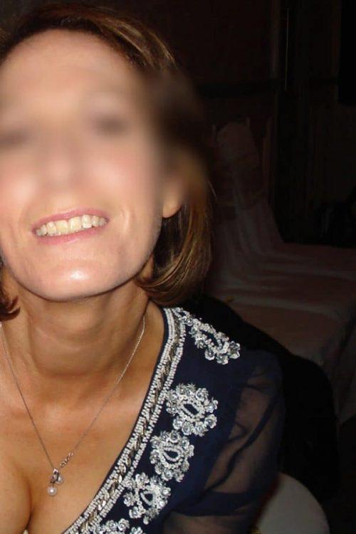 Gisèle une salope cougar de Strasbourg pour une rencontre avec feeling